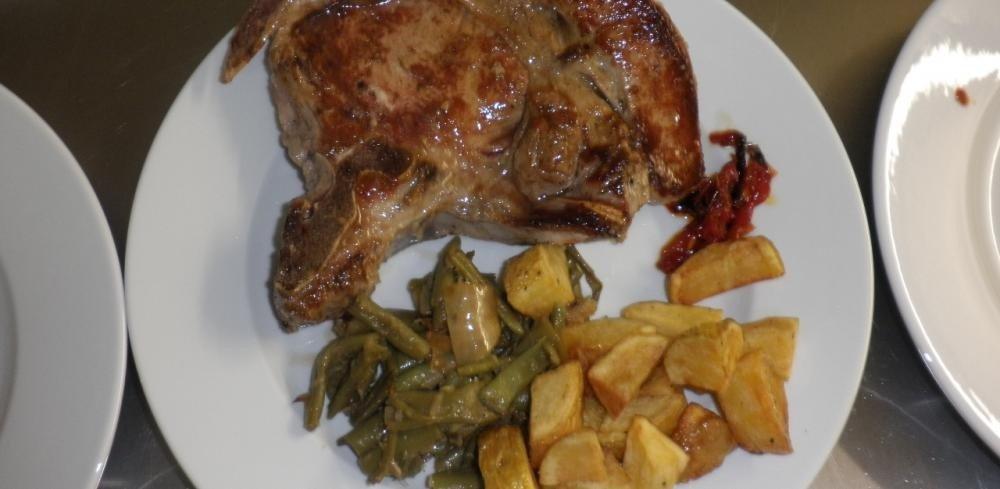 GAEC Faulong - ferme-auberge, vente directe de viande bovine, veau, porc, charcuterie